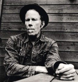 Tom Waits (2).png
