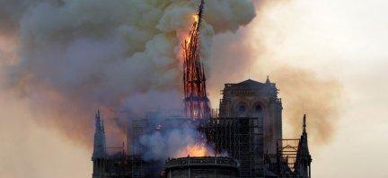 661%2Fmagic-article-actu%2Fb48%2F9a6%2F283f7c4c1908ba33972172aeb4%2Fen-direct-incendie-a-notre-dame-de-paris-toute-la-charpente-en-train-de-bruler_b489a6283f7c4c1908ba33972172aeb4.jpg