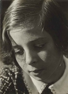 aenne-biermann-mein-kind-(helga-biermann,-la-fille-du-photographe, vers 1931)
